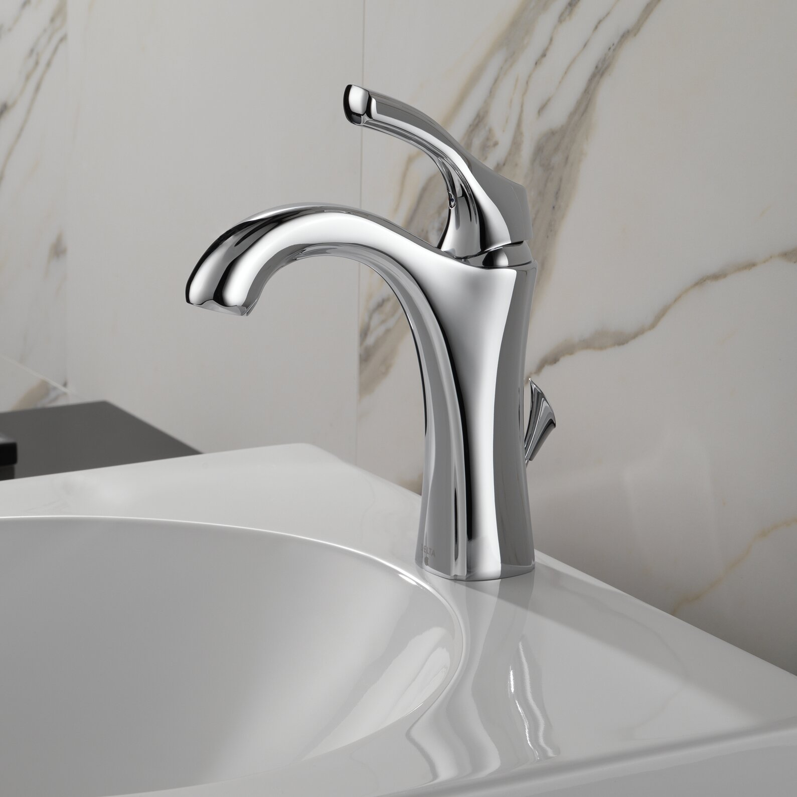 One Hole Bathroom Faucet : Delta Addison Single Hole Bathroom Faucet with Diamond Seal Technology ...