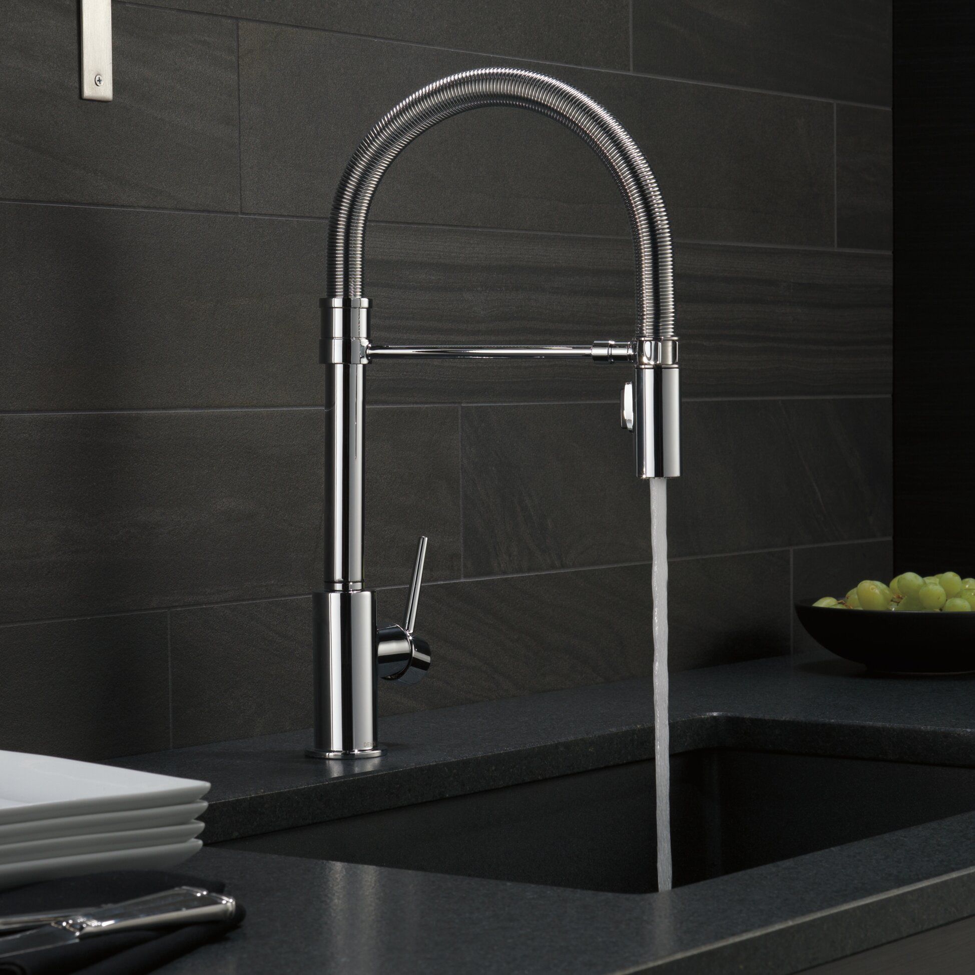 Delta Kitchen Faucet Reviews Trinsic Single Handle Pull Down Kitchen Faucet With Spring Spout
