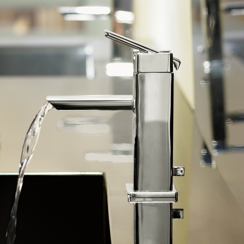 ... 90 Degree Single Handle Single Hole Low Arc Bathroom Faucet with Drain