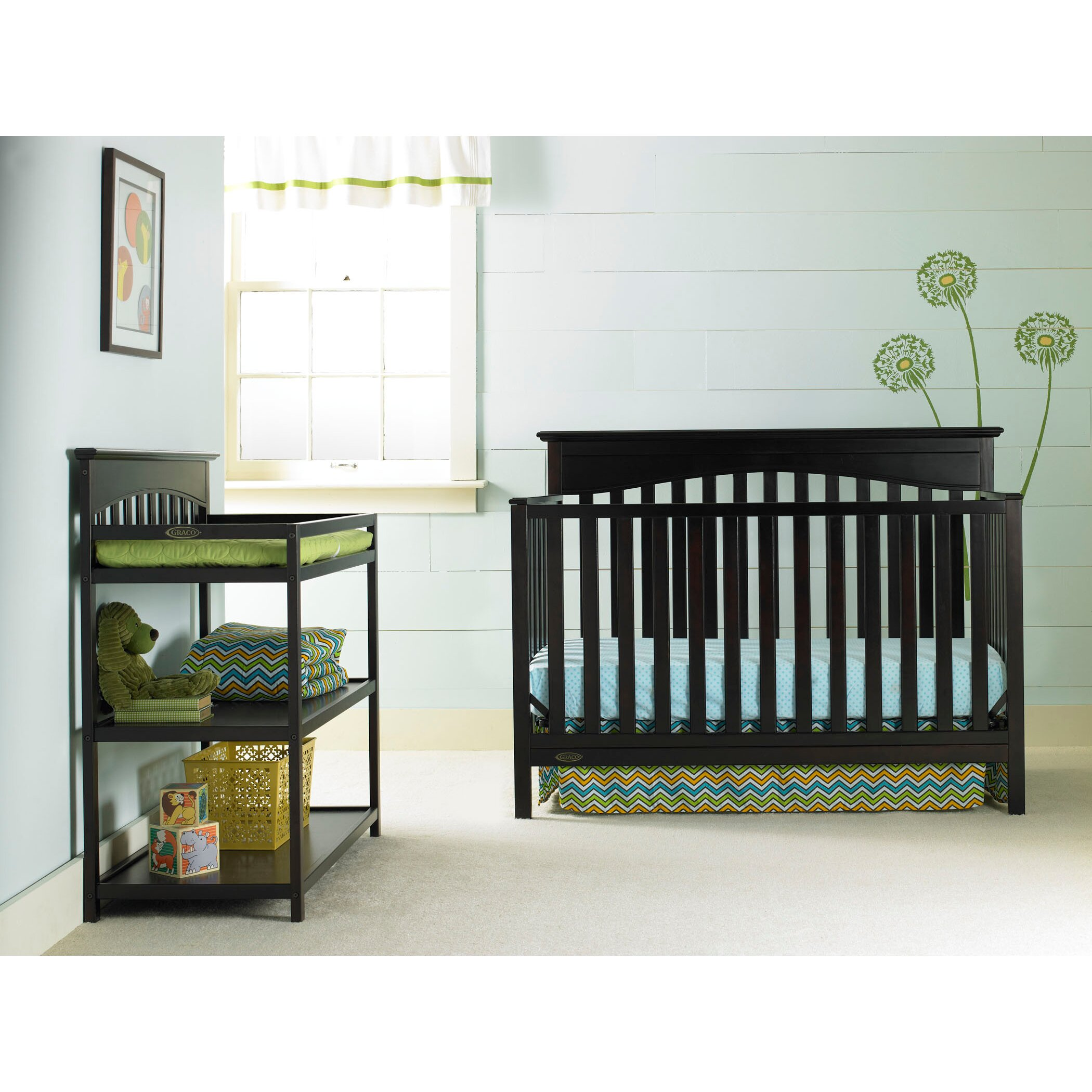 Crib for sale sheffield - Graco Hayden 4 In 1 Convertible Crib